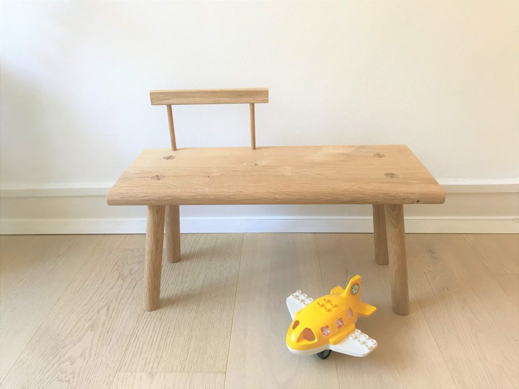 'Kiyomi' toddler bench with backrest 4